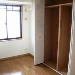 洋室(5.6畳)